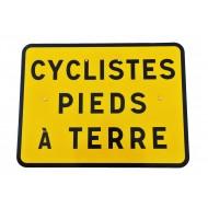 """Panneau KC1 """"Cyclistes pieds à terre"""", classe CT1"""